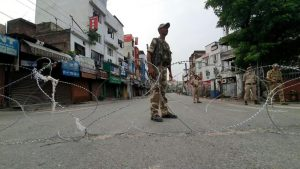 اجراءات أمنية مشددة في إقليم كشمير الصورة من وكالة الأنباء الفرنسية